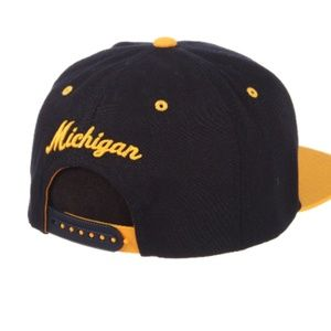 the latest c13c8 afbc7 Zephyr Accessories - Michigan Wolverines Z11 Men s Snapback Hat